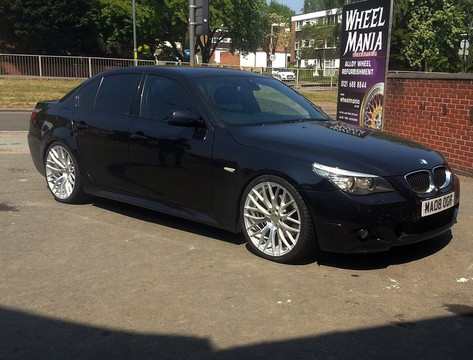 Bmw 5 series fitted with 20 inch Hub V20