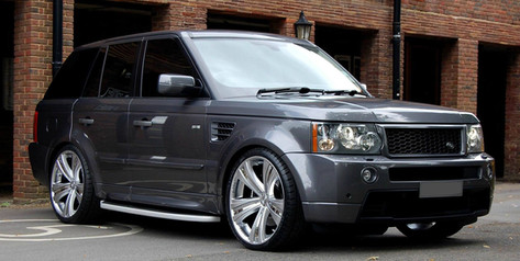 "RANGE ROVER Fitted With 22"" SAVOY"