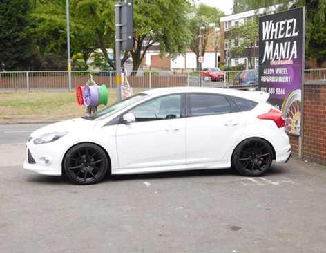 """Ford Focus Fitted With 19"""" Hub V5"""
