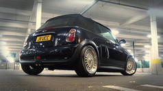 """Mini Cooper S fitted with 17"""" Calibre Vintage"""