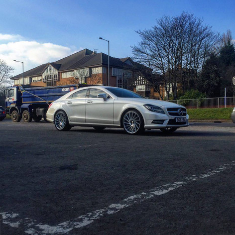 """MERC CLS Fitted With 20"""" RIVIERA RV135"""