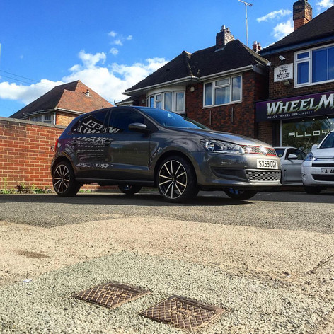 VW Polo Fitted with 17inch Fox Fx10