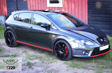 Seat Leon Cupra R Fitted With Judd T229