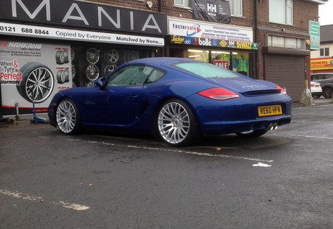 """PORSHUE CAYMAN  Fitted With 20"""" ALTUS"""