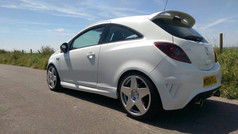 Vuxhall Corsa Fitted With BOLA B10