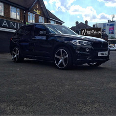 Bmw X5 Fitted With Riviera RV125