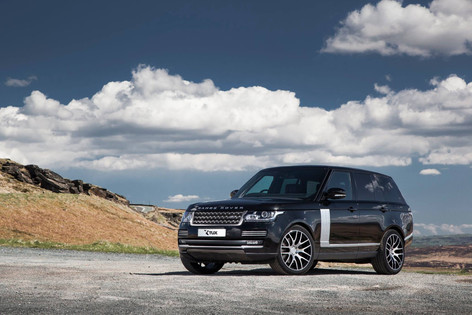 RANGE Range Rover Fitted With RIVIERA RV117