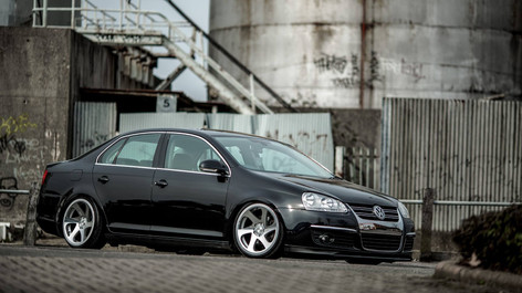 VW Jetta Fitted With 3SDM 0.06