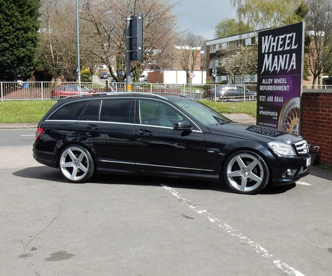 "MERC C CLASS Fitted With 19"" DMA"