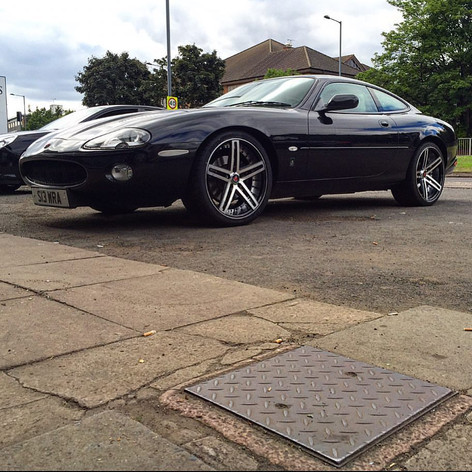 Jaguar XK Fitted With Deep Concave AXE EX20