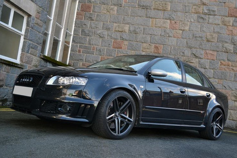 """Audi RS4 Fitted With19""""BOLA B3"""
