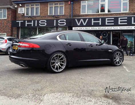 "JAGUAR XF  Fitted With 20"" MAYFAIR"
