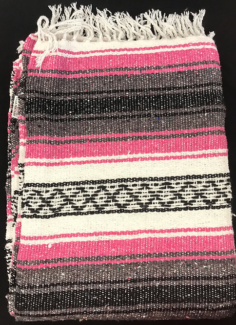 Falsa Blanket - Dark Pink and Dark Gray