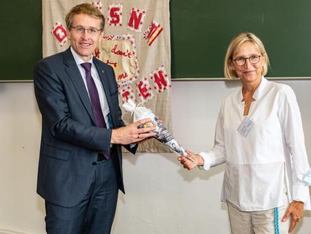 Ministerpräsident Daniel Günther ist unser neuer Ehrenschüler