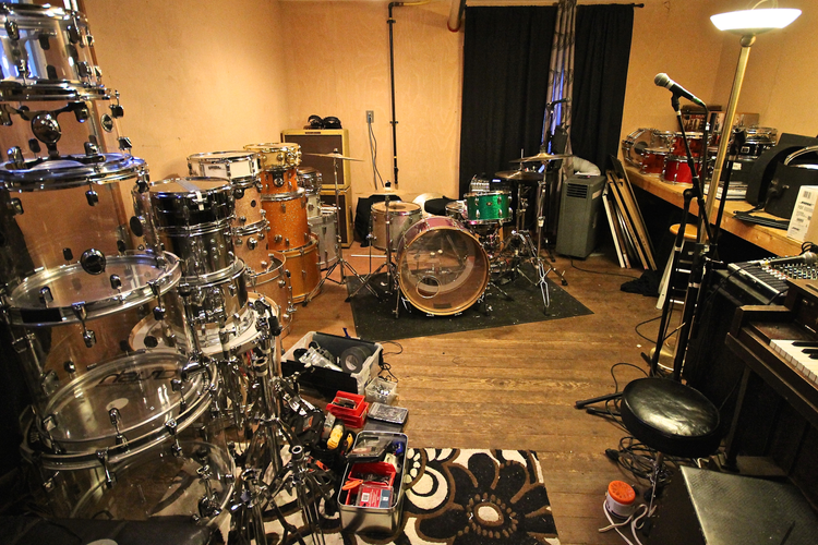 New VS.studio.space.before