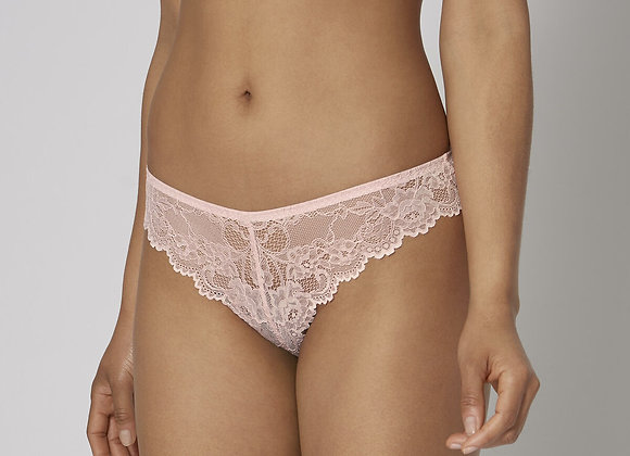 CHILOT TEMPTING LACE BRAZILIAN STRING
