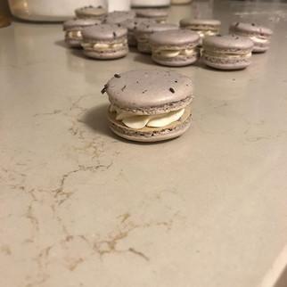 Lavender macarons. #lavendermacaron #mac