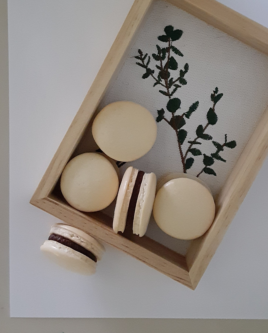 Almond & Cocoa macarons