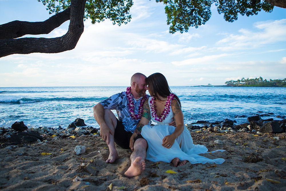 Kona Wedding Officiant Kikaua Point Park Beach Wedding