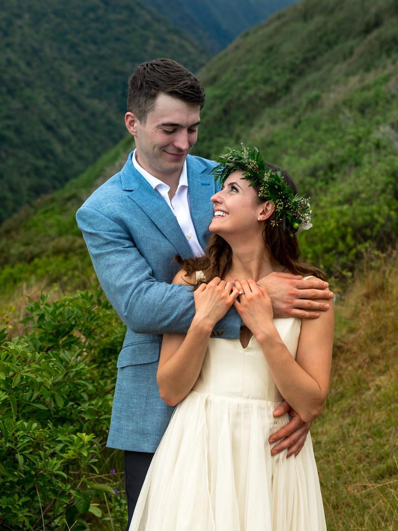 Kona Wedding Officiant® Hawaii Adventure Elopement Pololu Valley