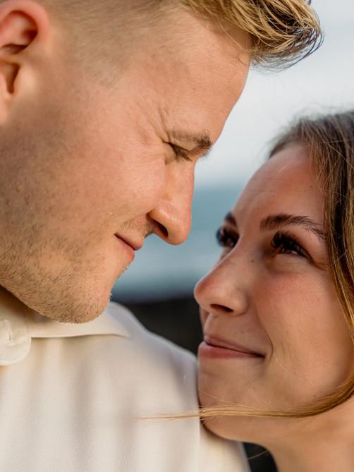 Kona Wedding Officiant® Big Island Elope