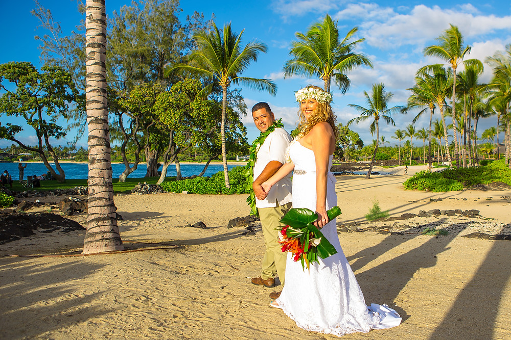 Kona Wedding Officiant Kikaua Point
