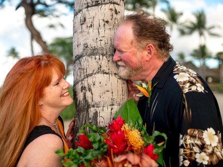 Chris + Doug's Sunset Elopement in Kikaua Point Park