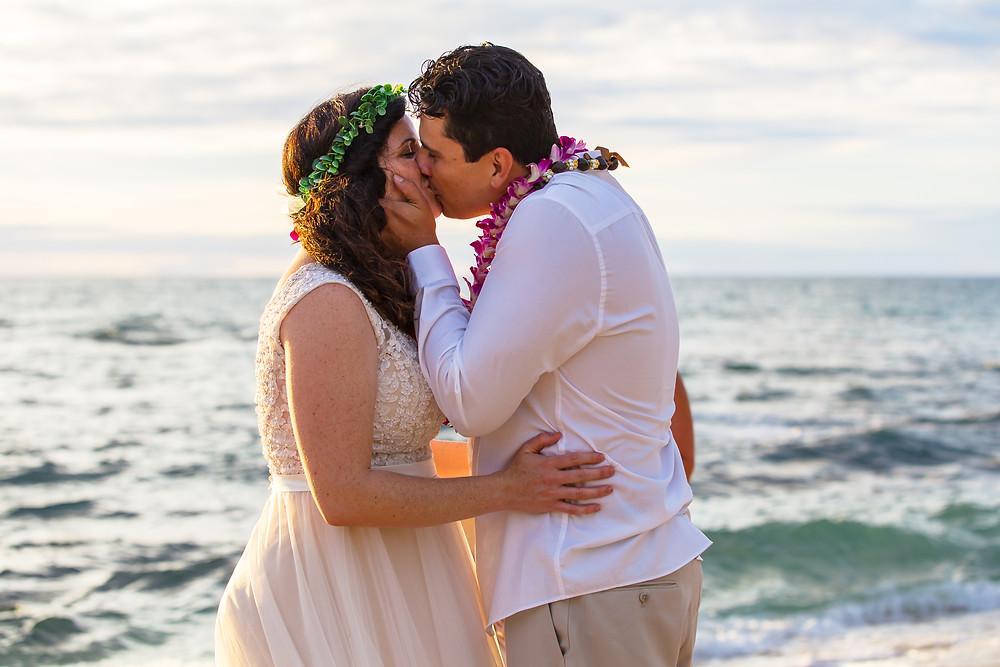 Kona Wedding Officiant Big Island Beach Weddings and Elopements Kailua Kona Hawaii