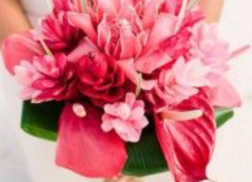 Simple Tropical Bouquet