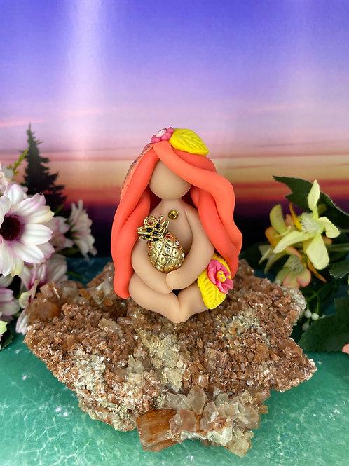 Mini Pineapple Goddess