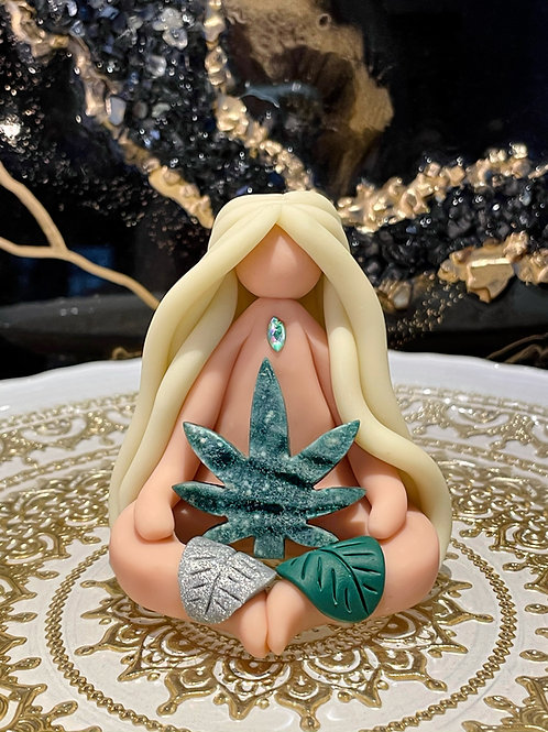Herbal Goddess Lucy
