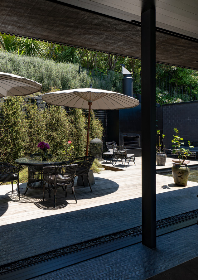 waiheke island lantern house holiday rental accomodation - courtyard herbst architects design