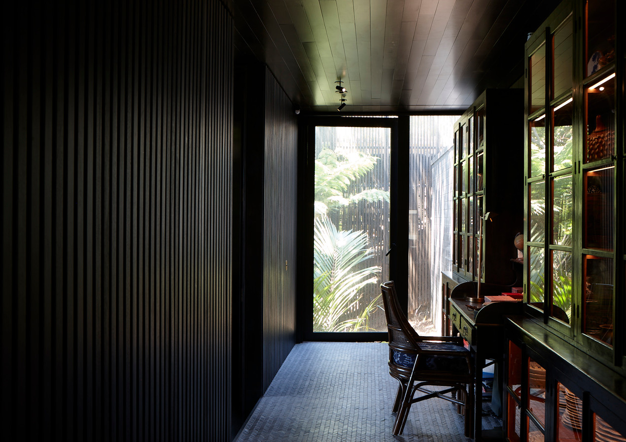 waiheke island lantern house holiday rental accomodation - minimal new zealand design herbst architects