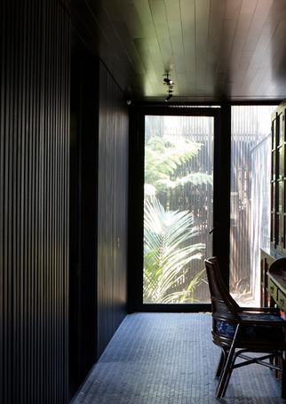 waiheke island lantern house holiday rental accomodation - minimal new zealand design herbst architects