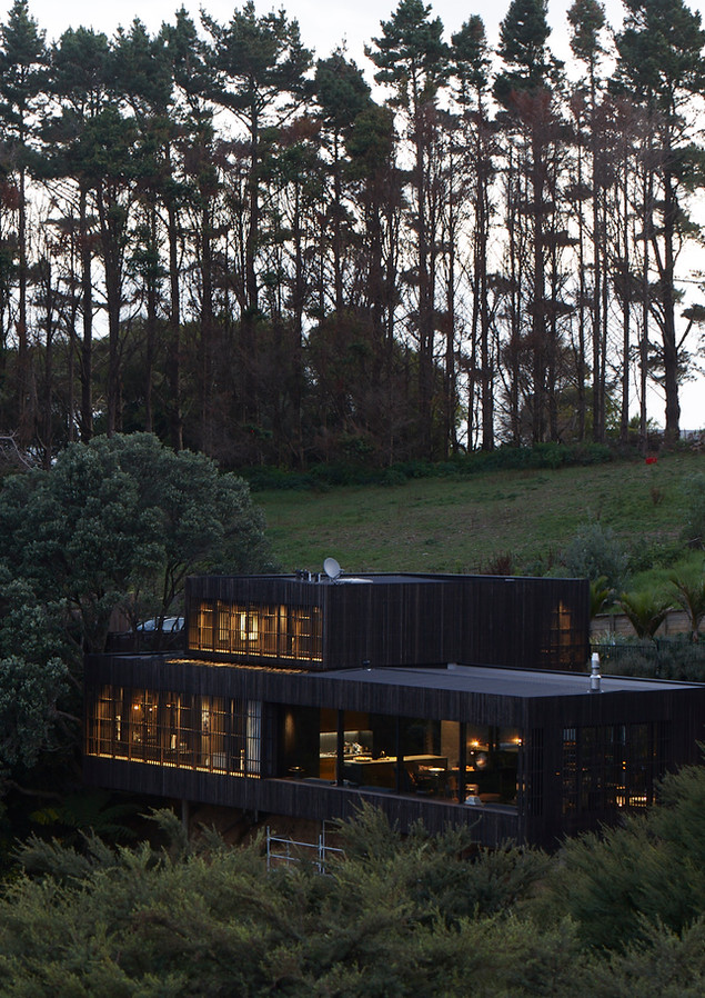 waiheke island lantern house holiday rental accomodation - herbst architects design nature wild