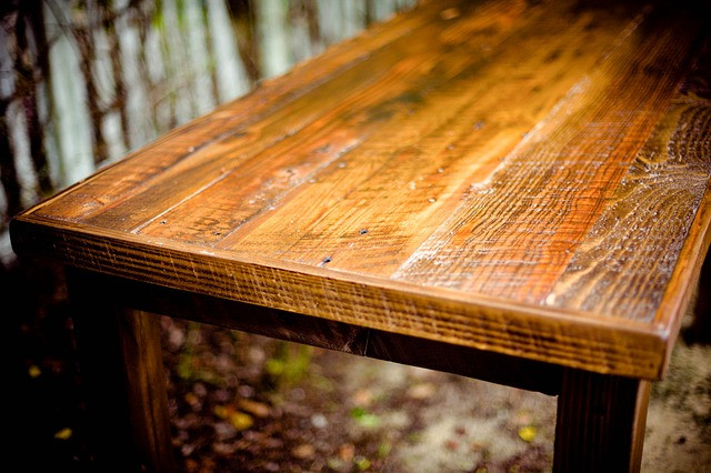 table-349678_640.jpg