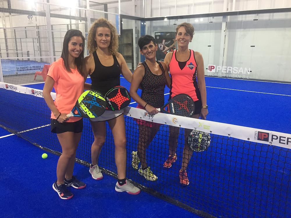 Zeltia, Lili, Silvia y Marina