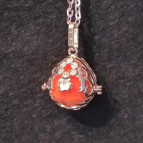 Music Angel ball aromatherapy necklace