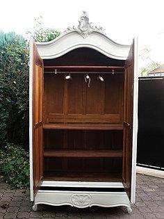 armoires louis xv blanches patin es les meubles patin s alben168. Black Bedroom Furniture Sets. Home Design Ideas