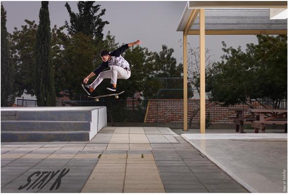 Tony Josephides - Kickflip