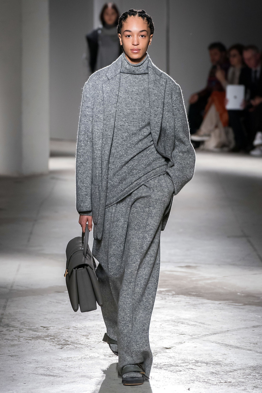 теплый свитер, стильный свитер, серый свитер, современный свитер, длинный свитер