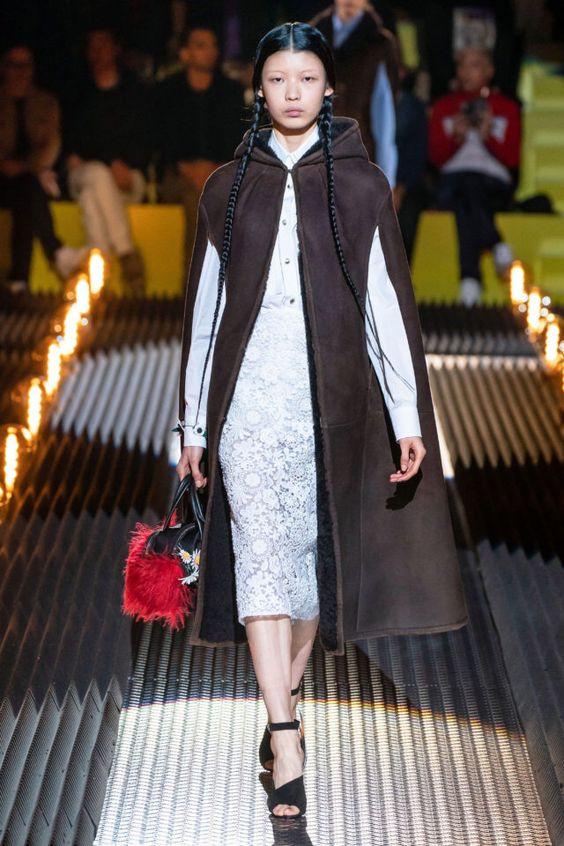 тренды сезона осень зима 2019 2020, модная одежда, тренд, кейп
