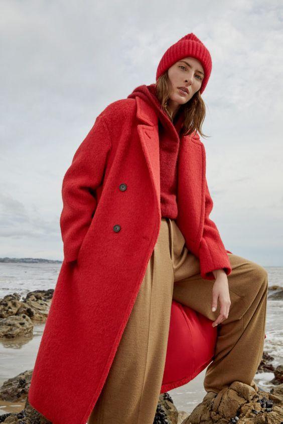 цвет, яркий образ, сочетание цветов, тренды осень зима 2019 2020, стильное сочетание цветов, нейтральный и яркий цвет, базовый и яркий цвет, яркое пальто, яркая верхняя одежда