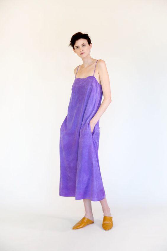 колор блокинг, фиолетовое платье