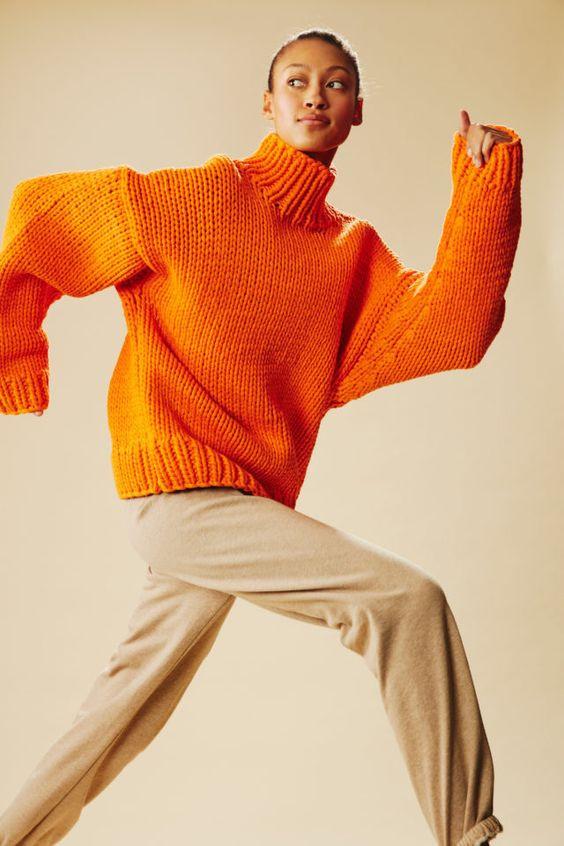 теплый свитер, стильный свитер, современный свитер, объемный свитер, удобный свитер, яркий свитер