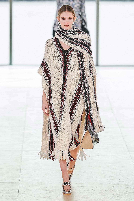 тренды сезона осень зима 2019 2020, стилистическое направление, стиль хиппи, стильный образ, пончо