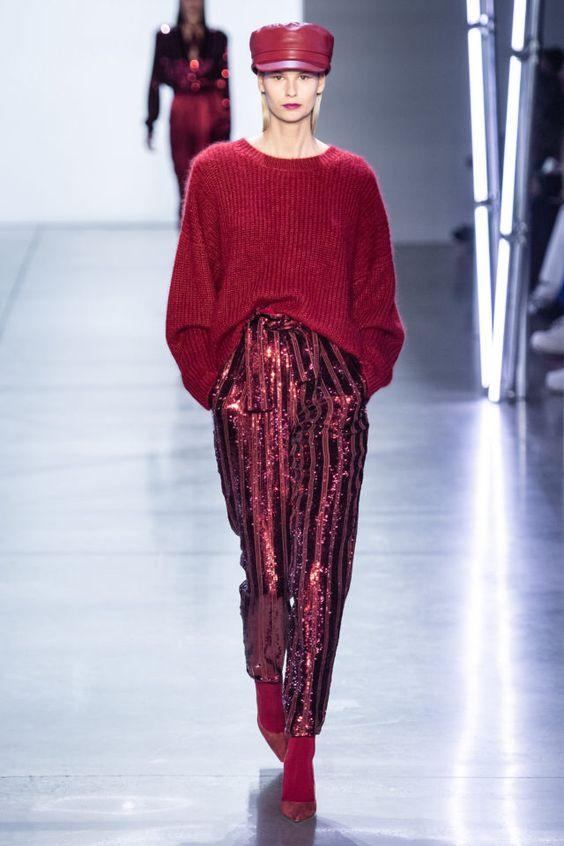 цвет, сочетание цветов, тренды осень зима 2019 2020, стильное сочетание цветов, монохромное сочетание, яркий образ, красный свитер, теплый свитер