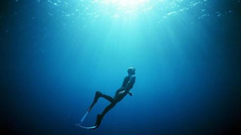 ปัญหาของการกลับขึ้นสู่ผิวน้ำ ( problems with re-surfacing from deeper dives )