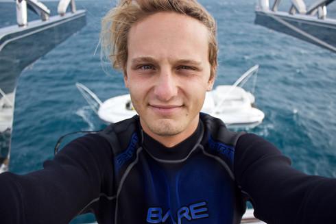 """ทำความรู้จักกับ Zack Rago นักดำน้ำหนุ่มสายอนุรักษ์ เจ้าของตำแหน่ง """"Sea Hero"""""""
