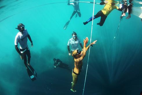 คันฟิน.. อยากแข่งฟรีไดฟ์ ทำไงดี? Entering Competitive Freediving